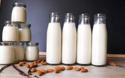 5 Easy Steps to Making Almond Milk
